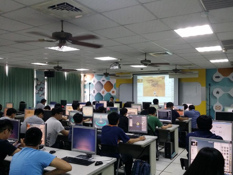 101创想世界进入台湾14所高校 VR助力教学创新